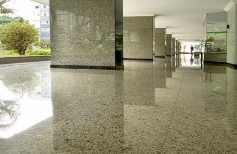 Pisos de granito for Casa de marmol y granito